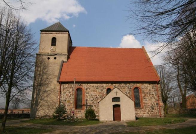 Mirowo Kościół filialny pw św.Wojciecha BM
