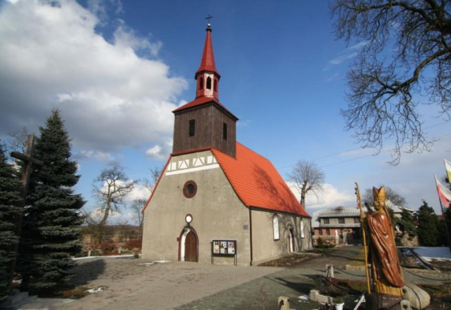 Krzywin Kościół parafialny pw Niep. Serca NMP