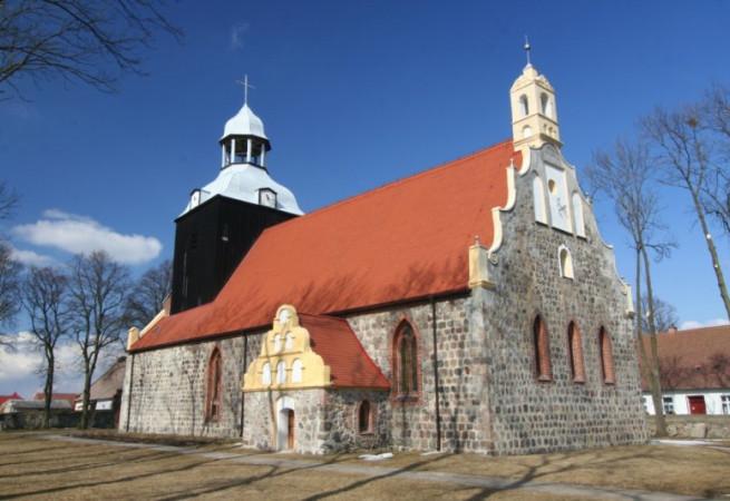 Tetyń Kościół parafialny pw MB Królowej Polski
