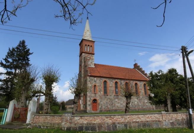 Trzechel Kościół parafialny pw św. Katarzyny