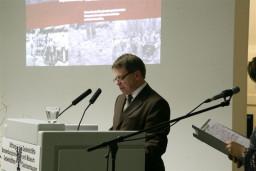 Delegat Prezydenta Rzeczypospolitej Polskiej Lecha Kaczyńskiego - z przesłaniem Prezydenta  /fot.: E. Cybulski /