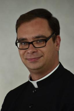 ks. Piotr Łosiewski