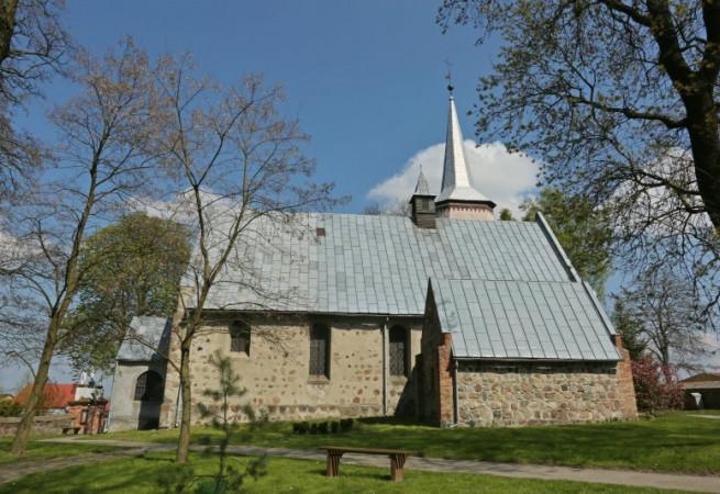 Brzesko Kościół parafialny pw Narodzenia NMP