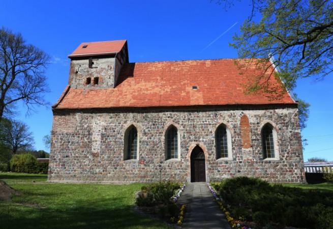 Buk Kościół parafialny pw św. Urszuli Ledóchowskiej