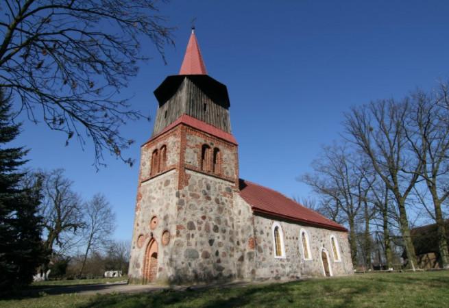 Dobropole Kościół filialny pw MB Nieustającej Pomocy