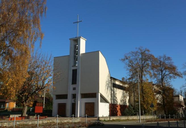 Dziwnów Kościół parafialny pw św. Józefa Oblub. NMP
