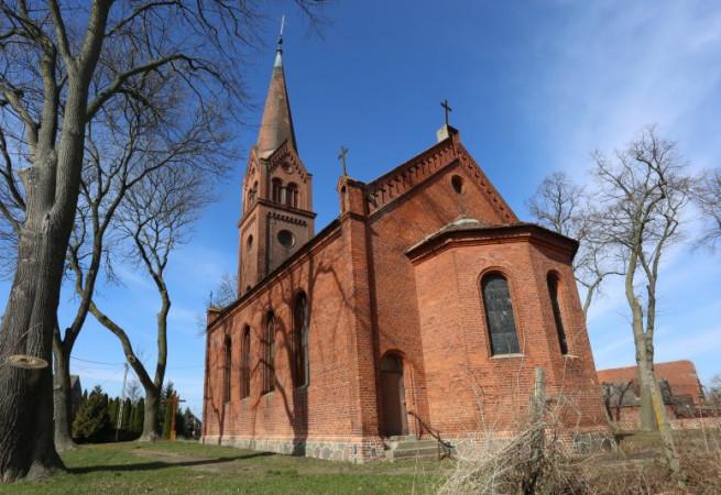 Kruszwin Kościół filialny pw św.Apostołów Piotra i Pawła