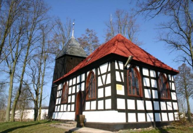 Podańsko Kościół filialny pw św.Stanisława Kostki
