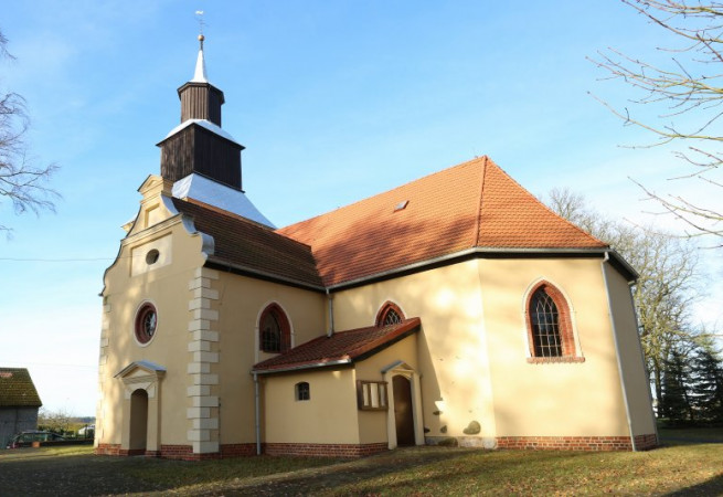 Karnice Kościół parafialny pw św. Stanisława Kostki