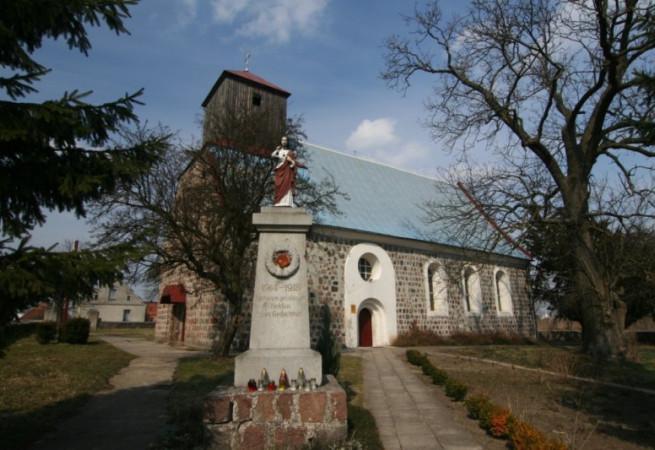 Lubanowo Kościół parafialny pw Chrystusa Króla