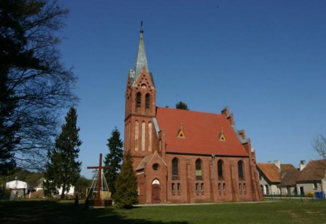 Ładzin Kościół parafialny pw Najśw. Serca Pana Jezusa