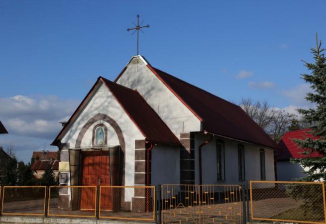 Runowo Pomorskie Kościół parafialny pw MB Królowej Polski