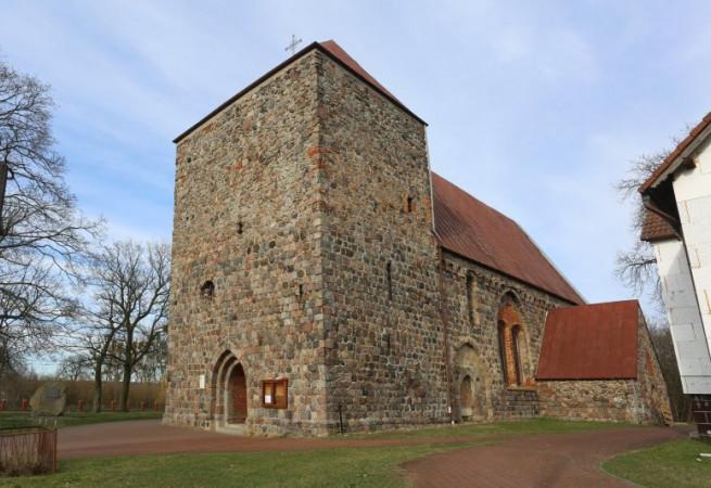 Smolnica Kościół parafialny pw Narodzenia NMP