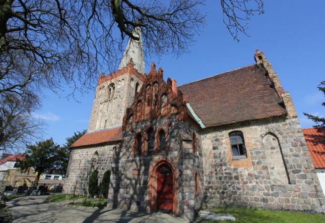 Witnica Chojeńska Kościół parafialny pw Chrystusa Króla