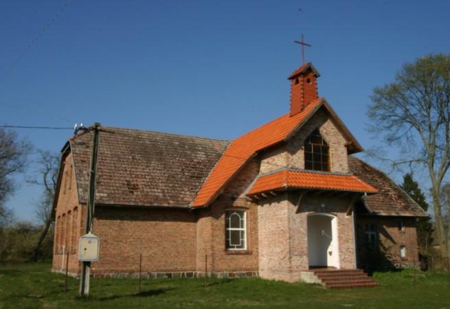 Skoszewo Kościół filialny pw Matki Boskiej Licheńskiej