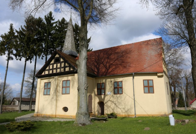 Wysiedle parafia Zajezierze Kościół filialny pw Świętej Trójcy