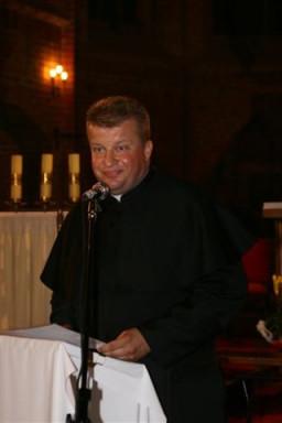 Ks. Marek Borowski - proboszcza parafii pw. św. Jana Ewangelisty  /fot.: E. Cybulski /