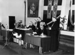 Par. pw. Świętej Rodziny - sesja Episkopatu Polski (1974 r.)