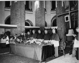 Katedra - sesja Episkopatu Polski(1974 r.)