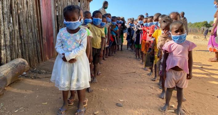 Aktualne prace przy szkole w Misokitsy na Madagaskarze