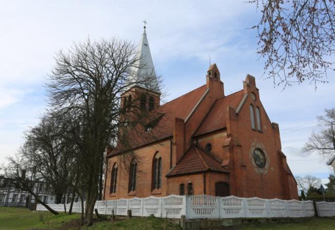 Namyślin Kościół filialny pw św.Ludwika