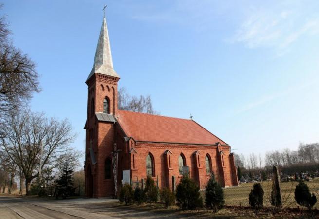 Borzysławiec Kościół parafialny pw św. Ap. Piotra i Pawła