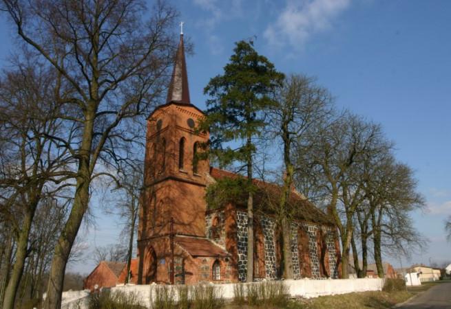 Kołki Kościół filialny pw Świętej Teresy od Dzieciątka Jezus