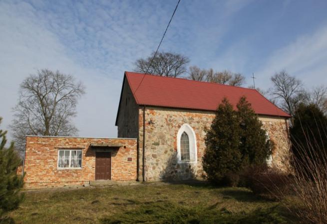 Brudzewice Kościół filialny pw Chrystusa Króla