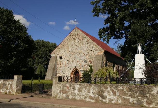 Sulino Kościół filialny pw św.Stanisława BM