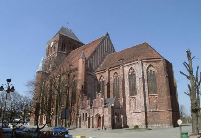 Choszczno Kościół parafialny pw Narodzenia NMP