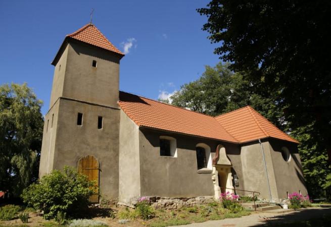 Bytowo Kościół filialny pw św.Wojciecha BM