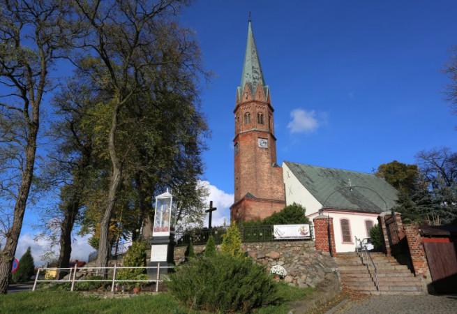 Golczewo Kościół parafialny pw św. Andrzeja Boboli