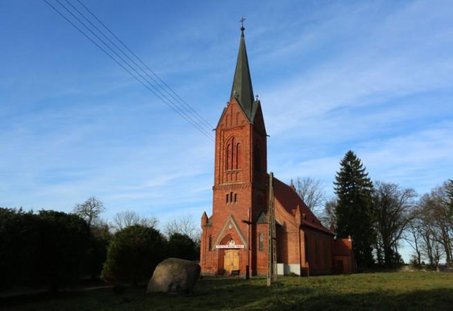 Gostyń Szczeciński Kościół parafialny pw NMP Królowej Polski