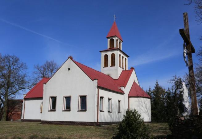 Rów Kościół filialny pw Nawiedzenia NMP