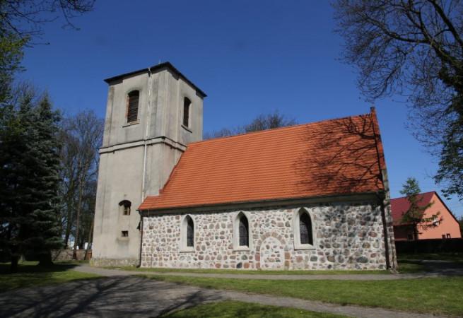 Kołbaskowo Kościół parafialny pw Świętej Trójcy