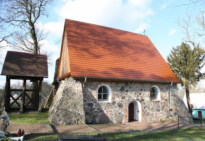Dobieszewo Kościół filialny pw św. Mateusza Apostoła