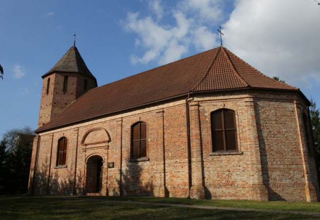 Strzmiele Kościół filialny pw NMP Matki Kościoła i św. Andrzeja Apostoła