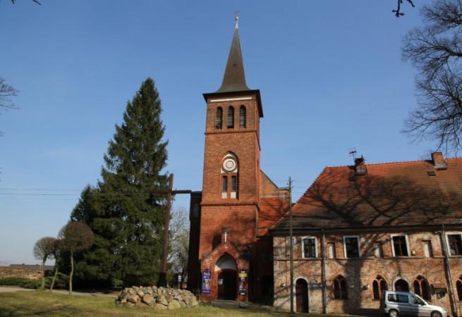 Marianowo Kościół parafialny pw Niepokalanego Poczęcia NMP