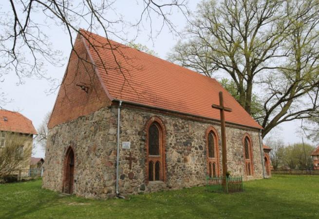 Dzikowo Kościół filialny pw św.Stanisława BM