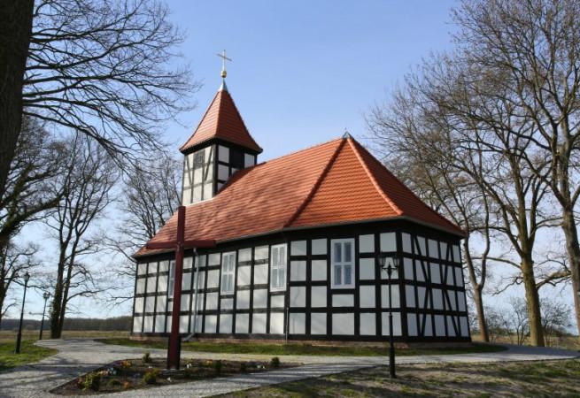 Warnołęka Kościół filialny pw MB Częstochowskiej