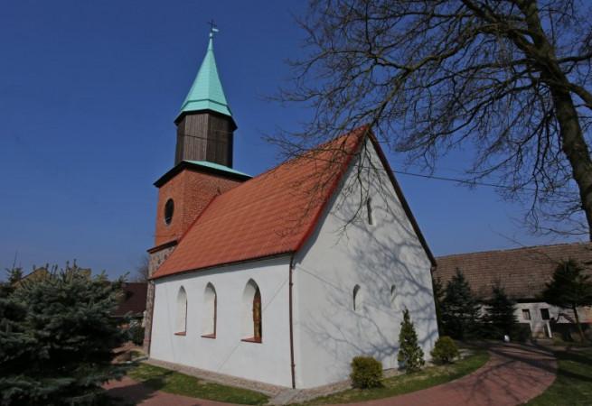 Olchowo Kościół filialny pw św. Apostołów Piotra i Pawła