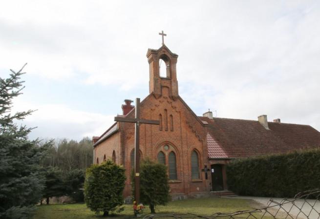 Kinice Kościół filialny pw MB Wspomożenia Wiernych