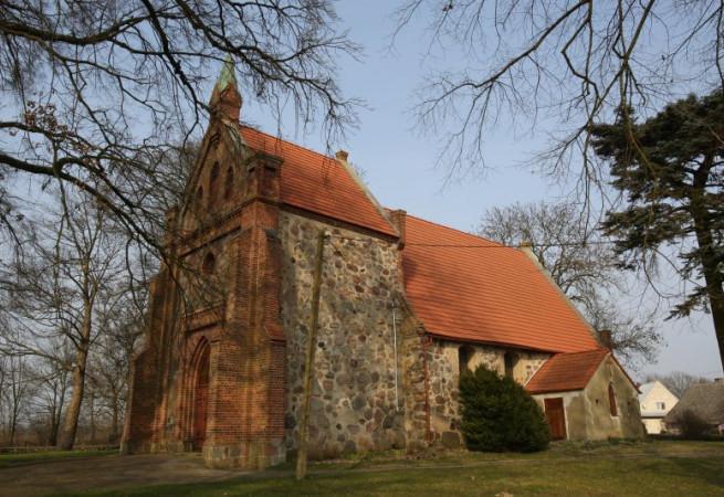 Bądkowo Kościół filialny pw Najś. Serca Pana Jezusa