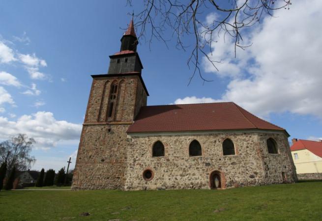 Poczernin Kościół parafialny pw św. Michała Archanioła
