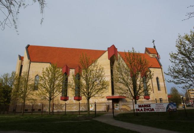 Police Kościół parafialny pw św. Kazimierza