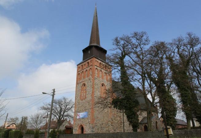 Przemocze Kościół parafialny pw MB Król. Kor.Polskiej