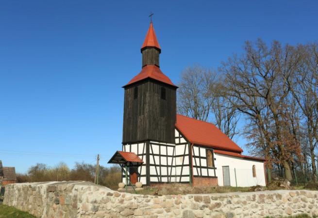 Dorowo Kościół filialny pw św.Antoniego