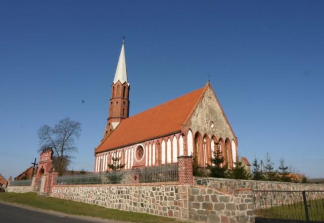 Raduń Kościół parafialny pw MB Szkaplerznej