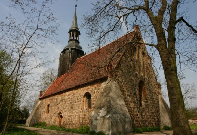 Rosiny Kościół parafialny pw św. Michała Archanioła