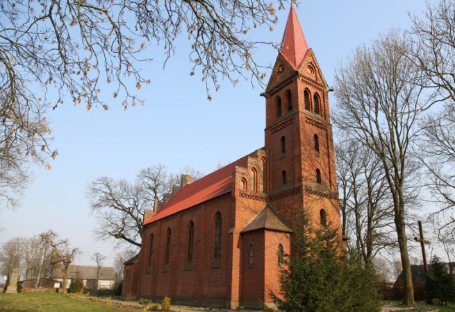 Darż Kościół filialny pw św.Stanisława Kostki